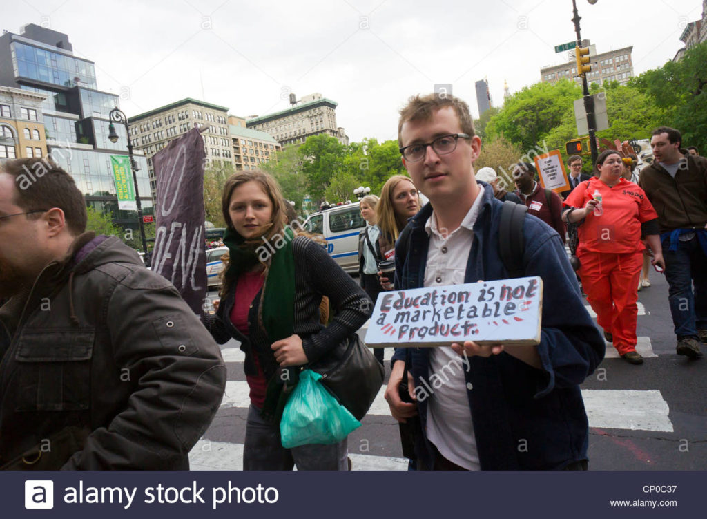 rally-in-union-square-park-in-new-york-on-the-day-that-student-loan-cp0c37