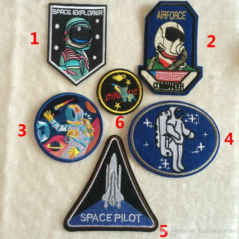 6_fabric-pilot-embroidery-spaceman-astronaut